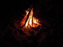 ноча пожара стоковое фото