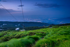 Ноча понижается над Софией, Болгарией Стоковое Фото