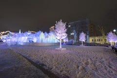 Ноча рождества Москва --- Лес музыки на путешествии ` фестиваля квадрата Pushkin к ` рождества, России Стоковая Фотография