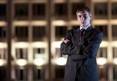 ноча света города бизнесмена здания Стоковые Изображения RF