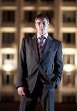 ноча света города бизнесмена здания Стоковое Фото