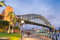 ноча Сидней гавани моста Австралии Стоковые Изображения