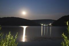 ноча Словакия горы озера Стоковая Фотография