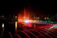 Ноча фонтана музыки лазера Стоковые Изображения