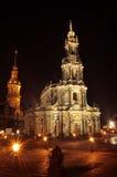 ноча hofkirche dresden стоковая фотография rf