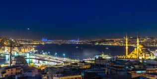 ноча istanbul Стоковые Изображения