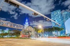 ноча miami Изумительный взгляд городских светов города Стоковое Изображение RF