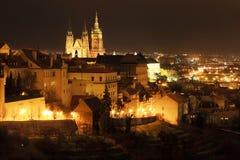 ноча prague замока готская, котор нужно осмотреть Стоковые Изображения RF