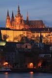 ноча prague замока цветастая готская Стоковые Изображения