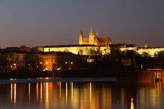 ноча prague замока Стоковые Изображения RF