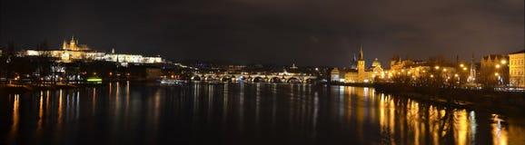 ноча prague стоковые фотографии rf