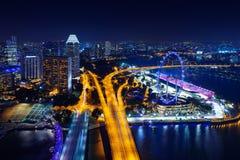 ноча singapore городского пейзажа Стоковая Фотография