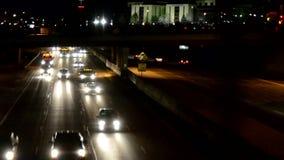 Ноча trafficat скоростного шоссе акции видеоматериалы