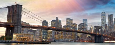 ноча york города новая Вид с воздуха светов Манхаттана, США Стоковые Изображения