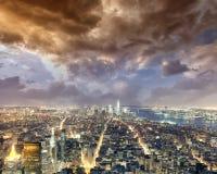 ноча york города новая Вид с воздуха светов Манхаттана, США Стоковая Фотография RF