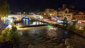 Ночная жизнь в Риме на реке Тибре сток-видео