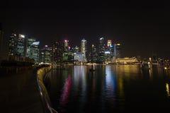Ночная жизнь в Сингапуре Стоковые Фотографии RF