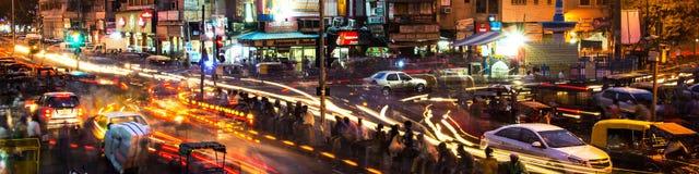 Ночная жизнь в центре города Дели Стоковое Фото
