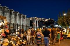 Ночная жизнь в Plaka 1-ого августа 2013 в Афинах, Греции. Стоковое Изображение RF