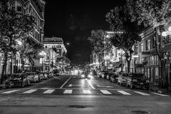 Ночная жизнь на историческом квартале Сан-Диего - КАЛИФОРНИЯ Gaslamp, США - 18-ОЕ МАРТА 2019 стоковые изображения rf