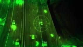 Ночное видение и наблюдение от трутня с сигналом внутри, отслеживающ вождение автомобиля на шоссе вечером иллюстрация штока
