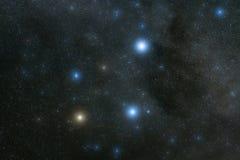 Ночное небо в новом запасе неба ` s Zeland международном темном, включая Acrux, мимозу, Gacrux, перепад Crucis и несколько межзвё стоковые фото