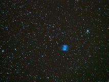 Ночное небо играет главные роли межзвёздное облако M27 гантели стоковое фото rf