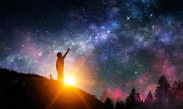 Ночное небо ясности Stary Мультимедиа стоковое изображение