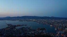 Ночной вид с Mt Окна наблюдения Hakodate, просторный свет vista вечером впечатляет акции видеоматериалы
