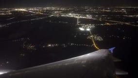 Ночь Амстердам аэроплана приземляясь видеоматериал
