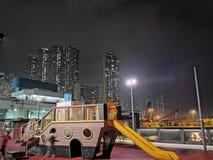 Ночь на городе Гонконге стоковая фотография rf