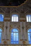 нутряная главным образом зима лестницы дворца Стоковые Изображения