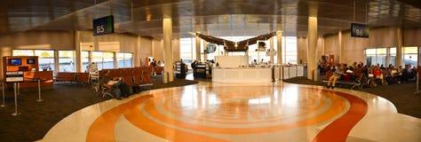 Нутряная зала авиапорта стоковые изображения rf