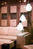 нутряная самомоднейшая белизна комнаты Стоковые Фото