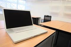 нутряной новый офис Стоковые Изображения RF