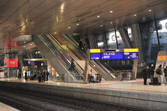 нутряной самомоднейший железнодорожный вокзал Стоковая Фотография RF