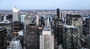 Нью-Йорк - взгляд Манхаттана центра города от GE Bui Стоковые Изображения