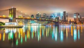Нью-Йорк на ноче, Бруклинский мост Стоковая Фотография