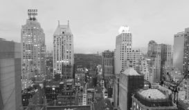 НЬЮ-ЙОРК - 24-ОЕ ОКТЯБРЯ 2015: Красивый вид с воздуха o захода солнца стоковые изображения rf