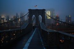 Нью-Йорк от Бруклинского моста Стоковые Изображения