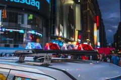 Нью-Йорк, США, 09-03-17: известный, squre времени на ноче с толпами Стоковое Изображение RF