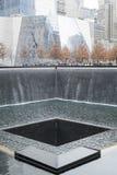 НЬЮ-ЙОРК, США - 22-ОЕ НОЯБРЯ: 9/11 мемориальных мемориальных чествовать Стоковые Фото