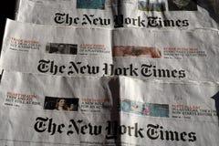Нью-Йорк Таймс ежедневно стоковые фото