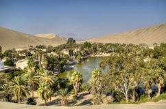 Оазис в Huacachina Стоковое Изображение