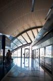 ОАЭ/ДУБАЙ - 9/12/2012 - станция метро Дубай Стоковые Фото