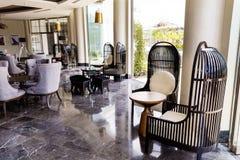 лобби интерьера гостиницы конструкции стоковое изображение