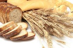 обваливает хлебцы в сухарях Стоковые Фото