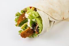 обвалите обруч в сухарях томата шпината сандвича здорового лука hame вкусной еды плоский зажженный красный Стоковые Фото