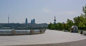 Обваловка Баку в полдень стоковая фотография