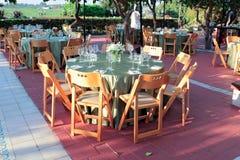 обедать большое напольное венчание таблицы комплекта Стоковые Фотографии RF